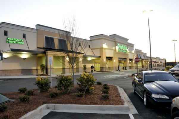 Publix Lexington Exterior Shot